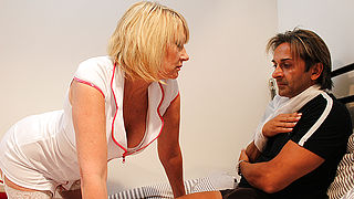 Horny British nurse gives her patient the full treatment